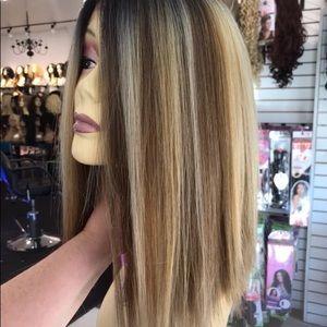 Wig Blunt Cut Blonde Mix Ombré Swisslace Lacefront